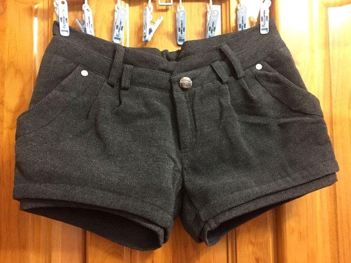 假兩件口袋毛料短褲