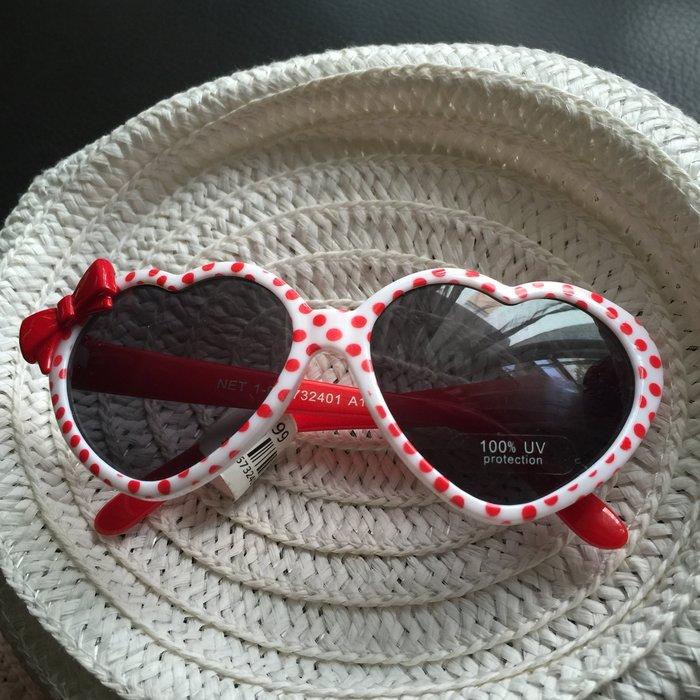 Net品牌小女孩愛心鏡框紅色點點 眼鏡 太陽眼鏡 墨鏡~100%抗UV~附眼鏡收納袋