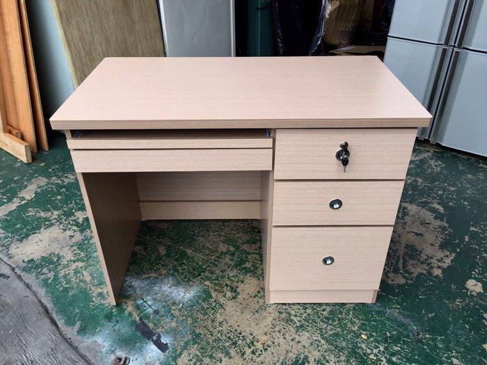 非凡二手家具 全新3.5尺白橡右三抽羅密歐電腦桌*羅密歐書桌*書桌*辦公桌*寫字桌*木桌*會計桌*洽談桌*工作桌*事務桌
