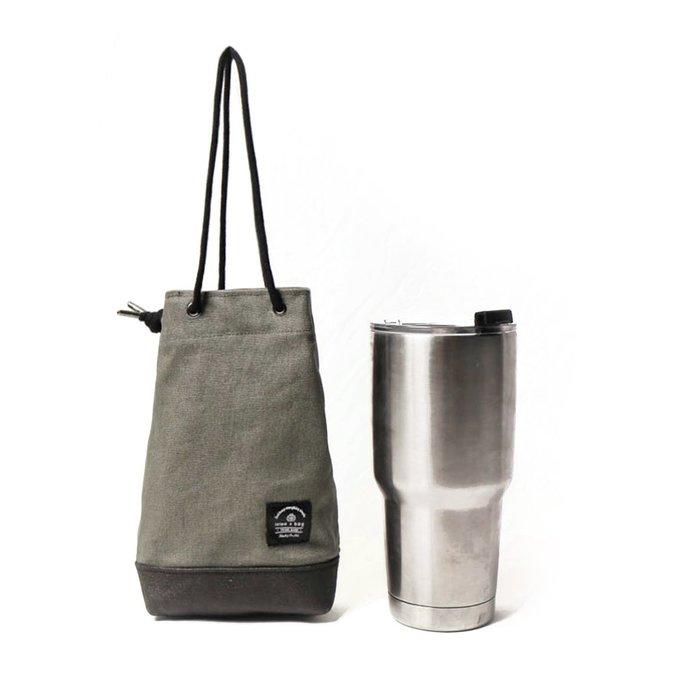 點子包【icleaXbag】飲料提袋 簡約飲料隨行袋 手搖 小物袋 小酒袋 無塑 可刻字 灰綠色 DG31
