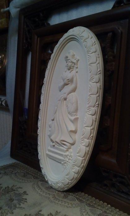 PU 浮雕壁飾  家飾  掛飾/吊飾 工藝品掛框    白色二個為一對不拆售 【未含運送費】$1800 /對