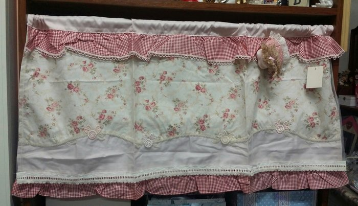 美生活館--全新鄉村風格布品拼布蕾絲玫瑰女孩一片簾/短門簾/裝飾簾/櫃簾 90*45cm