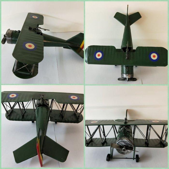 @3C 柑仔店@聖誕 交換 禮物 鐵製 復古螺旋槳飛機 綠 鐵皮 飛機 模型 家居飾品 懷舊  歐式 英國鄉村