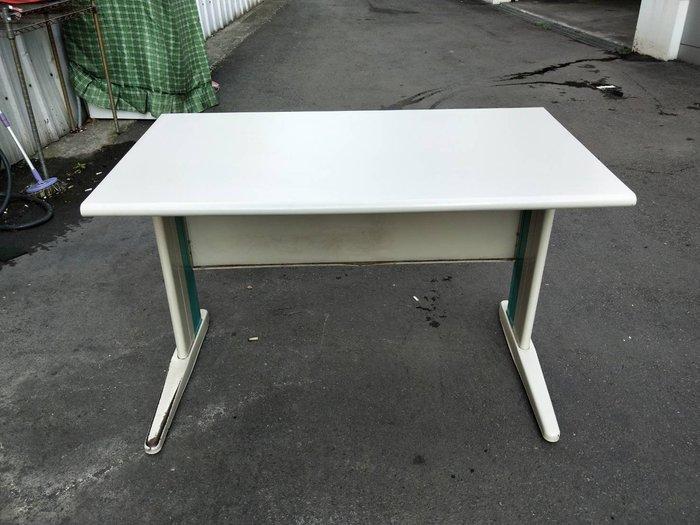 非凡二手家具 120cm辦公桌(CD腳)*主管桌*事務桌*工作桌*電腦桌*矮桌*會計桌*洽談桌*書桌*OA桌*