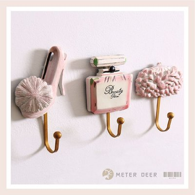 掛勾 壁掛鈎收納架 粉色高跟鞋香水瓶包包3入可愛造型金屬勾 店牆面設計居家女孩房裝飾衣帽收納掛勾鉤架-米鹿家居