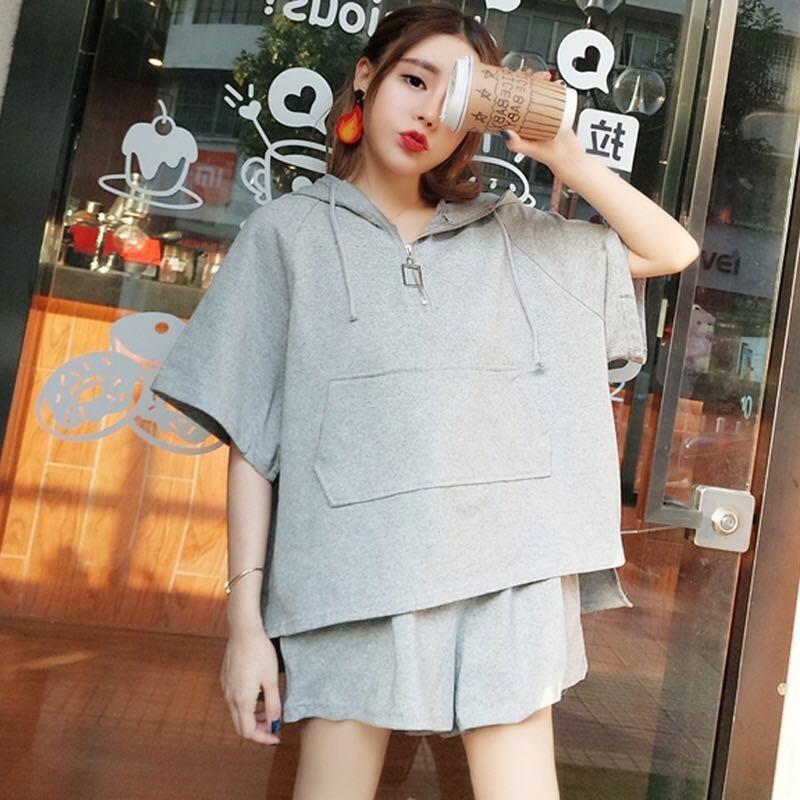 韓版女裝休閒運動兩件式套裝短袖上衣帽T短褲