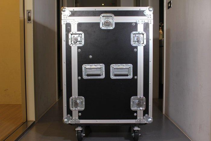 【六絃樂器】全新航空瑞克箱 14U 混音器三開機櫃 / 舞台音響設備 專業PA器材