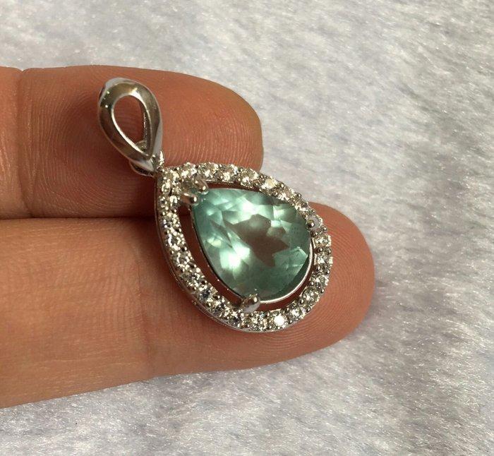 珍奇翡翠珠寶首飾-天然無燒海藍寶石3.5克墜,超高淨度。完美放光,真海水藍色,美豔濃色,火光爆閃,搭配925銀k金墜檯