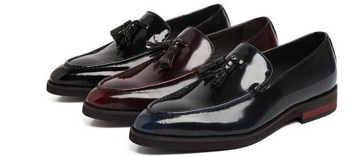 新品英倫商務休閒皮鞋 套腳尖頭流蘇 頭等牛皮漆皮休閒男鞋