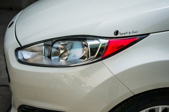「直購賣場」GuanLi 冠立 FORD FIESTA MK7.5 直上 角燈(進口熱血紅) 貼膜 貼紙 diy 馬丁頭