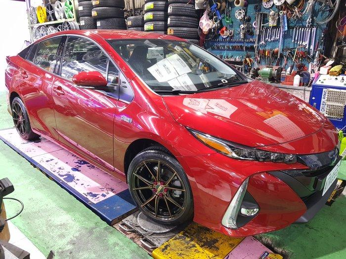 TOYOTA 電動車 Prius  油電混合 PHV 17吋鍛造鋁圈  215/45/17 日本胎 PHV輕量化正品