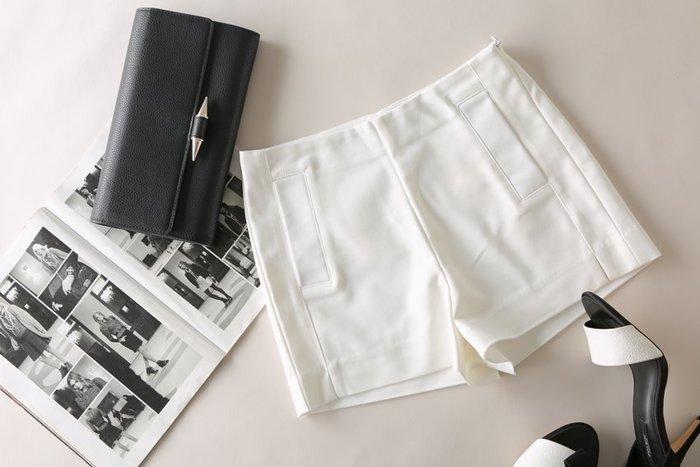 *有間衣飾*2015春 美腿版型雙口袋飾側拉鍊短褲 3色