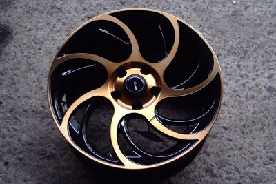 全新ADV-45 17吋5/114.3黑底古銅面鋁圈