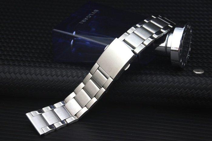 艾曼達精品~超值22mm方便使用雙按式錶扣,三版式不鏽鋼製錶帶~中寬