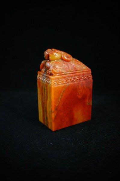 回流品   國寶壽山石精品紐章------    老坑杜陵石 水波紋明顯『朱雀』三毛早期舊作
