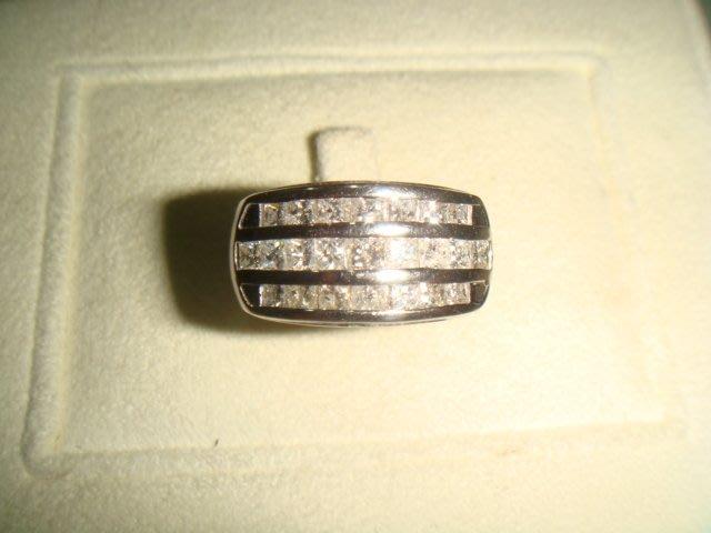 賠售換現亮眼熣燦 F級1.25克拉鑽石pt900純白金寬版三排鑽造型鑽戒