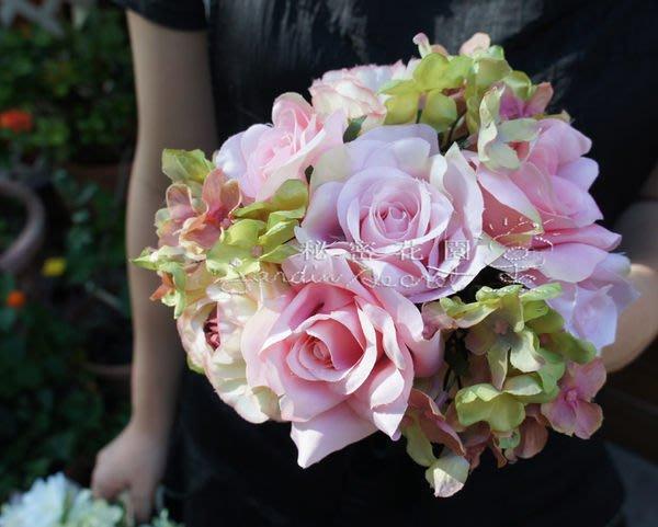 仿真花束--進口仿真假花/人造花/細緻擬真/捧花-浪漫雅緻玫瑰花束(長21cm)四色--秘密花園