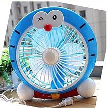 【d41婷婷小屋】卡通機器貓版迷妳電風扇學生宿舍臺式小風扇辦公室寢室床上靜音電扇