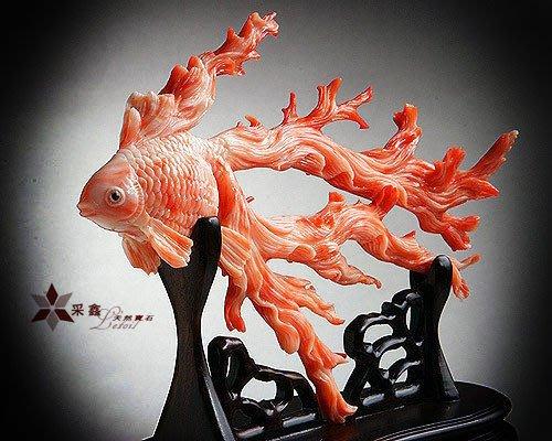 ☆采鑫天然寶石☆ ~~頂級天然珊瑚雕件**如魚得水**~~極致刻工~藝術收藏