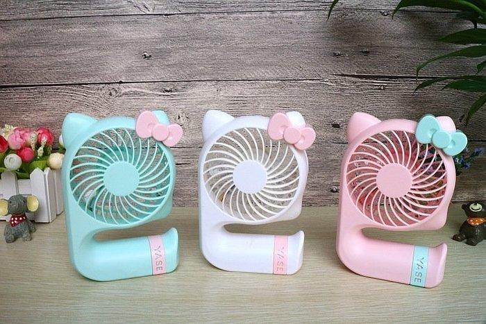 新款~卡通KT貓三檔充電風扇 創意usb充電迷你小風扇 超強風力LED燈扇~現貨喔~