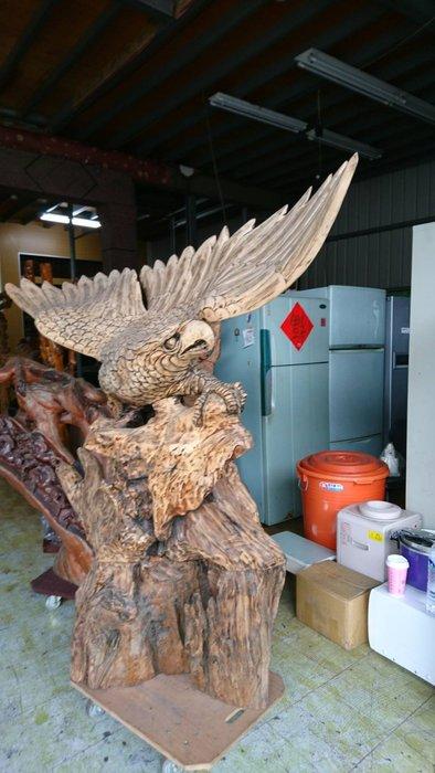 ㊖華威搬家=更新二手倉庫㊖中古老鷹展翅高飛實木雕刻原木雕刻檜木擺件玄關展示奇木
