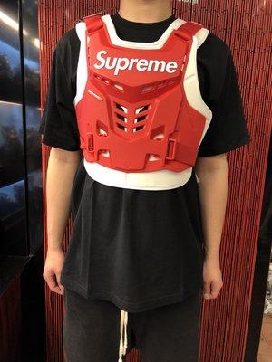 玉米潮流本舖 SUPREME racing proframe roost deflector vest 護具衣 三色