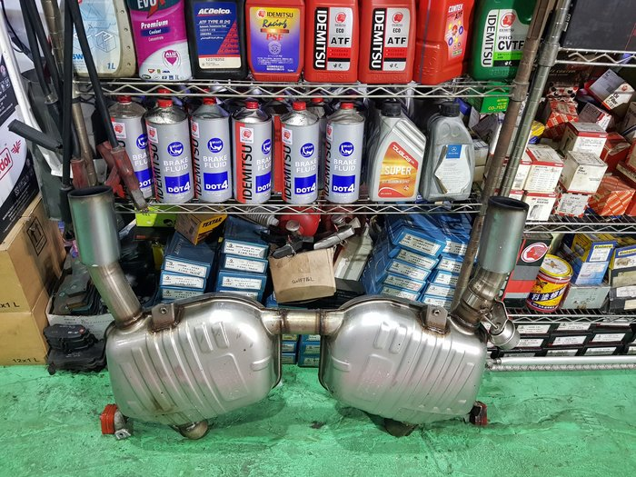 BMW 335  原廠排氣管 e92 335跑車排氣管 BMW 歐規 總代理