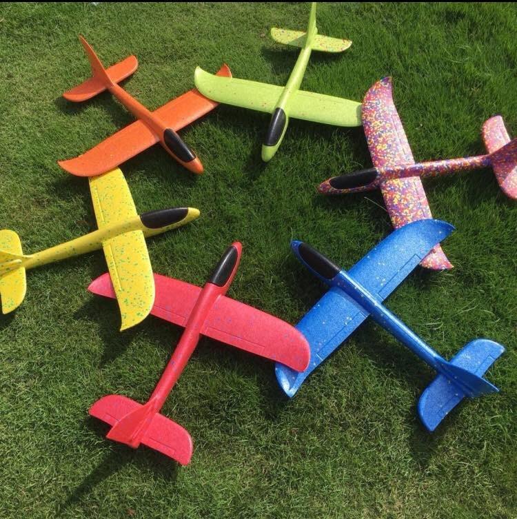 超夯最新款 35cm手拋飛機 ,  超耐摔,耐折,耐撞,好飛 環保EPP材質