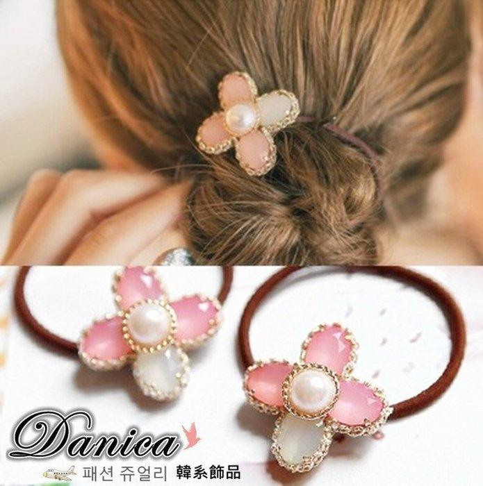髮飾 現貨 韓國熱賣氣質甜美手作幸福幸運草花朵珍珠髮束K7421單個價 批發價Danica 韓系飾品 韓國連線