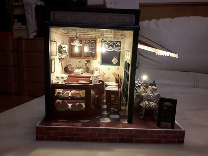 Diy小屋 袖珍屋完成品 來自星星的咖啡吧 手作組裝  模型屋