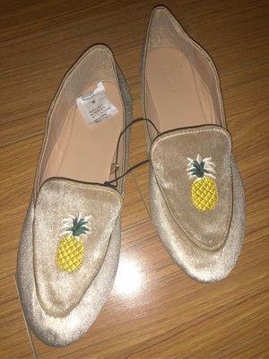 ##這國外帶回max絨面刺繡平底舒適鞋size:39