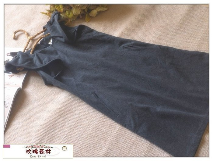玫瑰森林-- ☆°*美麗秋款~獨特 荷葉設計 口袋無袖洋裝 (特價) 深灰色