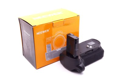 【台中青蘋果】Neewer Battery Grip for Nikon D5300 二手 電池手把 #23039