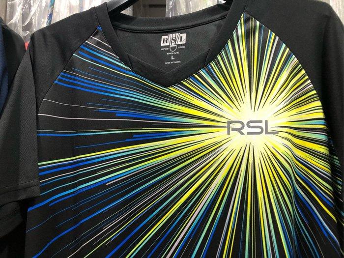 ◇ 羽球世家◇【衣】RSL 羽球T恤 排汗衫 魅力四射 黑色 休閒款 《輕薄透氣 延展舒適極佳》