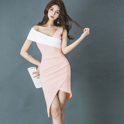 ☆Life 4 Fun☆ 夏裝時尚連衣裙女2018新款名媛性感斜領拼色修身不規則包臀禮服裙
