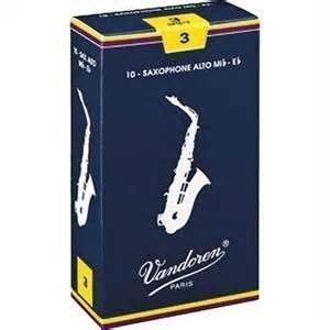 【六絃樂器】全新法國 Vandoren Alto SAX 中音薩克斯風竹片 / 密封防潮 藍盒包裝