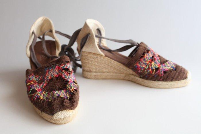 日本購買 咖啡色 綁帶鞋 楔形鞋