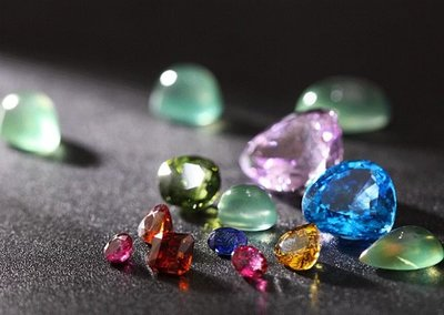 ☆采鑫天然寶石☆ ** 彩糖 ** 頂級各色珠寶裸石~紅藍寶~碧璽~孔賽石~拓帕石~葡萄石