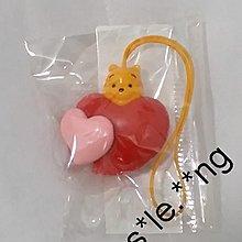 (日本扭蛋)小熊維尼 -心形吊飾