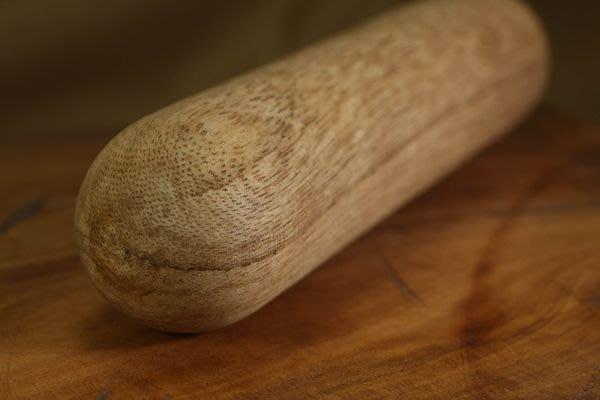 沉木【和義沉香】《編號RX006》氣功專用 優質加里萬丹沉木(棒型)  圓柱條狀型態 歡迎品鑑