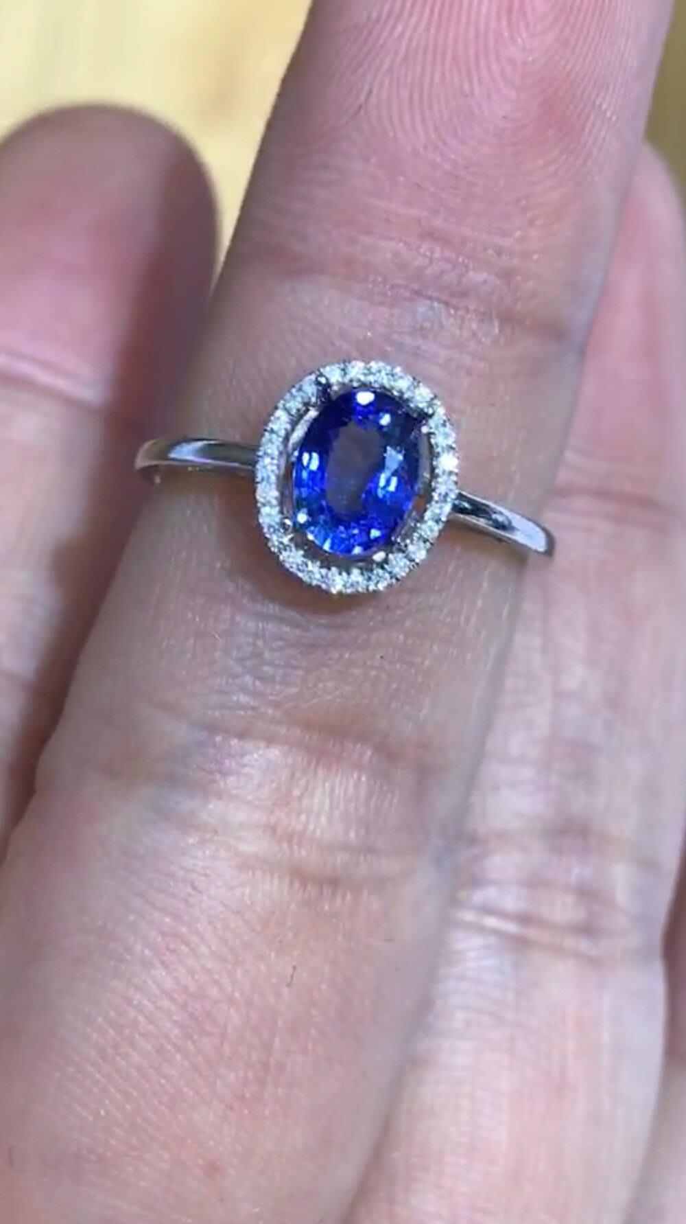 【18K金藍寶石戒指】18K金斯里蘭卡天然藍寶石戒指 純天然無燒 Vivid Blue 火光超好!