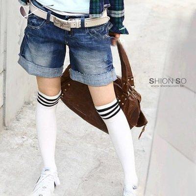 享瘦衣身中大尺碼‧ 【B2503】刷白造型口袋修臀款反折牛仔短褲