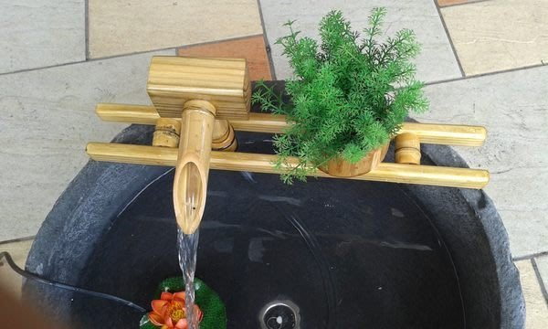 【路卡傢飾~園藝造景】 竹製接水器(M) 竹漏 流水組 魚缸 竹器 竹覓 景觀 竹鼓