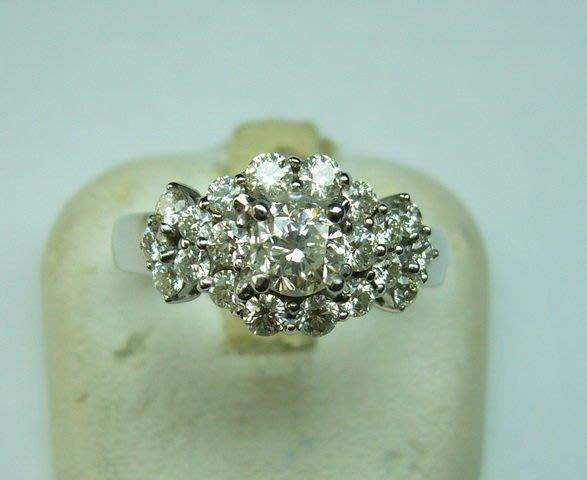 [吉宏精品交流中心]41分南非天然鑽石豪華 造型戒指