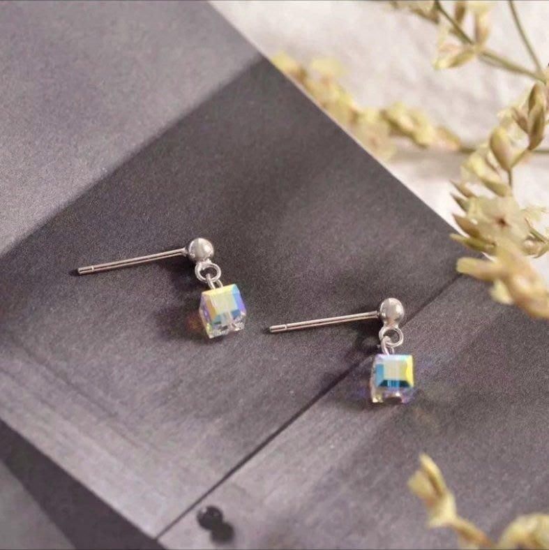 荳荳舖 施華洛世奇swarovski方塊水晶耳環 純銀丸型925耳針