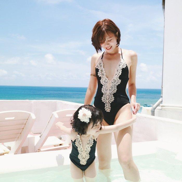 歐美交叉露背V領連身泳裝 比基尼 母女泳衣 度假海灘 實拍現貨 米絲小姐玩時妝