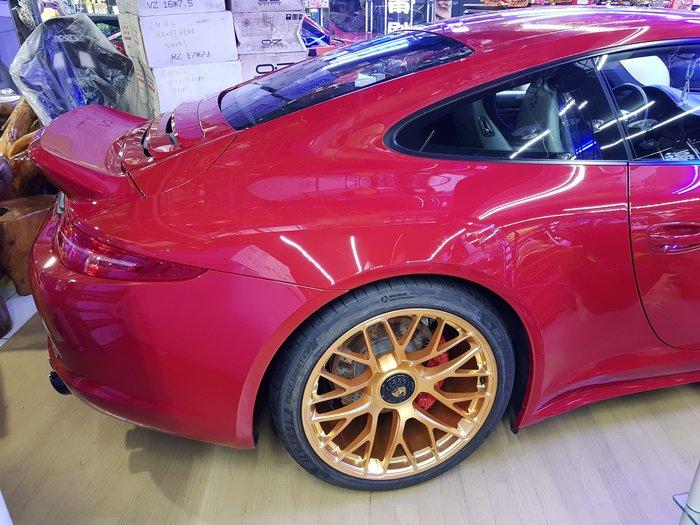 PORSCHE 981 GTS 專用  單孔螺絲(套件組) 單孔鋁圈 升級套件 GTS單孔螺絲 (讓您的車變成單孔鋁圈)