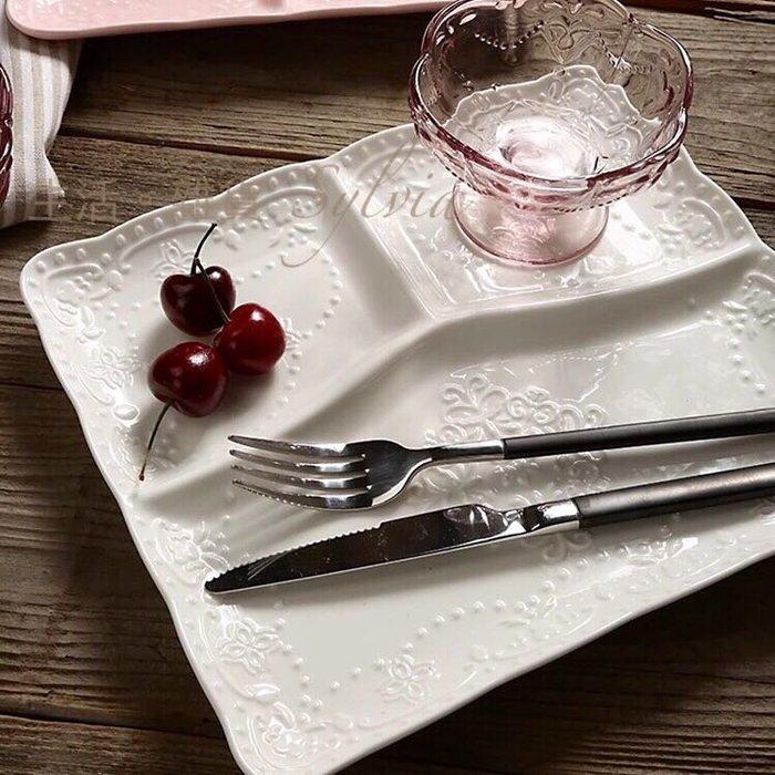 ❤生活。雜貨❤英式 蝴蝶 蕾絲浮雕 方盤 餐盤 分隔盤 三格 鄉村 田園 花邊 新古瓷 陶瓷 白色 預購