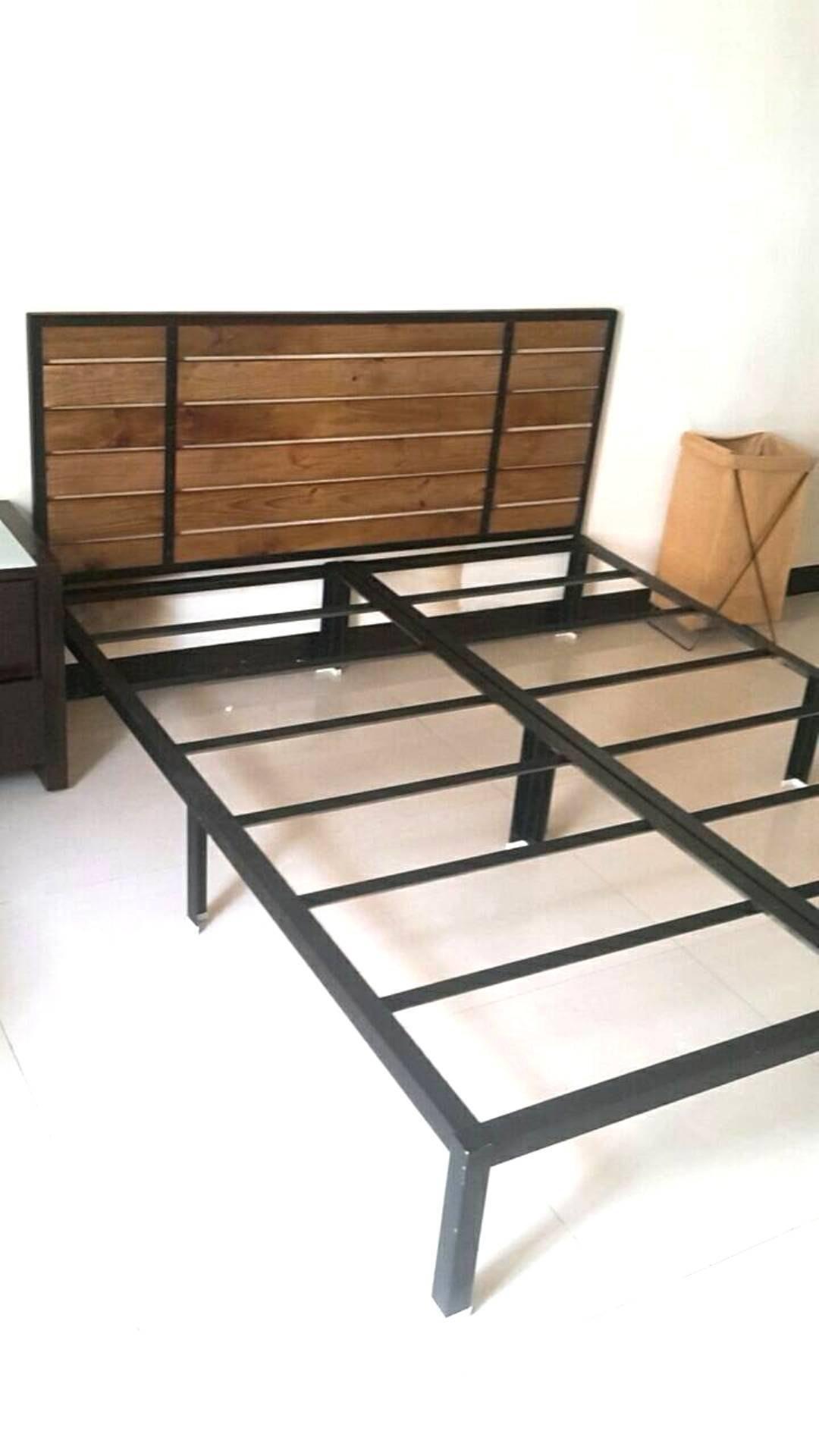 北歐工業風.實木床頭板..角鋼雙人床架..5x6尺..含床頭板.