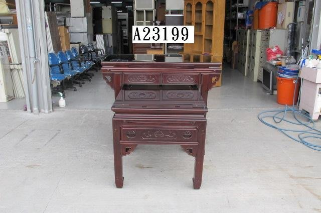 A23199   4.2尺神明桌含玻璃 @ 聯合二手倉庫 二手佛桌 二手供桌 二手神明桌 二手拜拜桌 台中二手家具